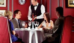 contoh percakapan di restoran